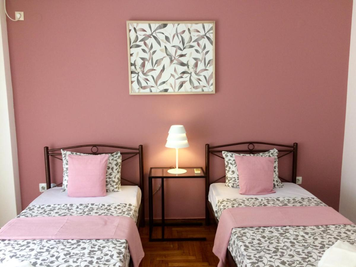 Guesthouse Three colors Attiki, Athens, Greece - Booking.com