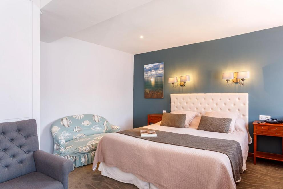 Hotels In Quinéville Lower Normandy