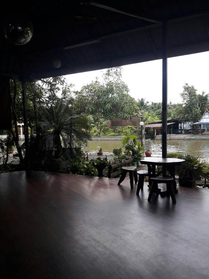 Resorts In Amphawa Samut Songkhram