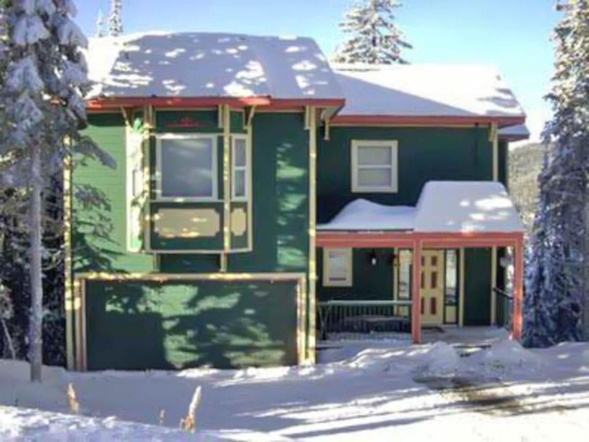 Guest Houses In Armstrong British Columbia