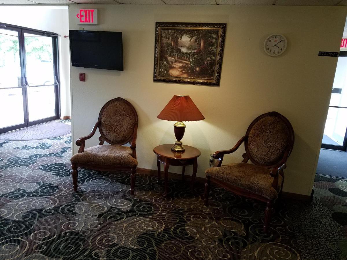 Auburn Inn, NY - Booking.com