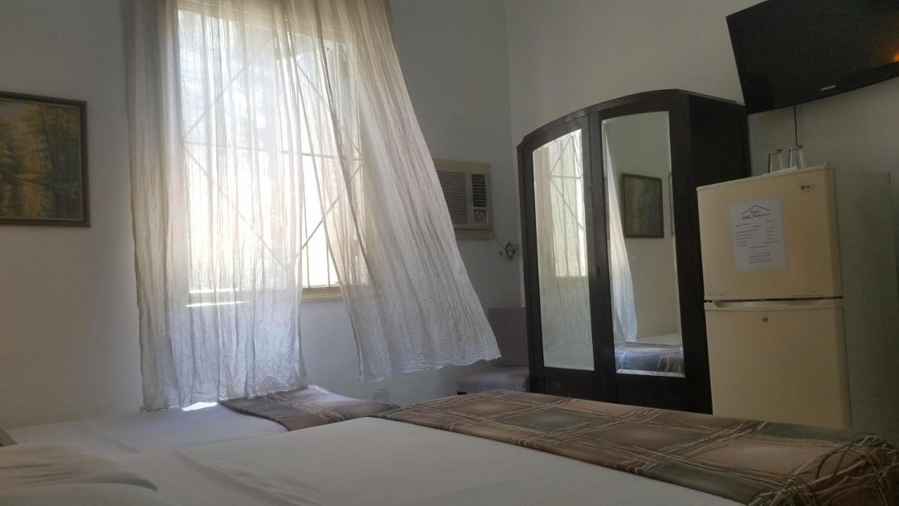 Guest Houses In Aldecoa Ciudad De La Habana Province