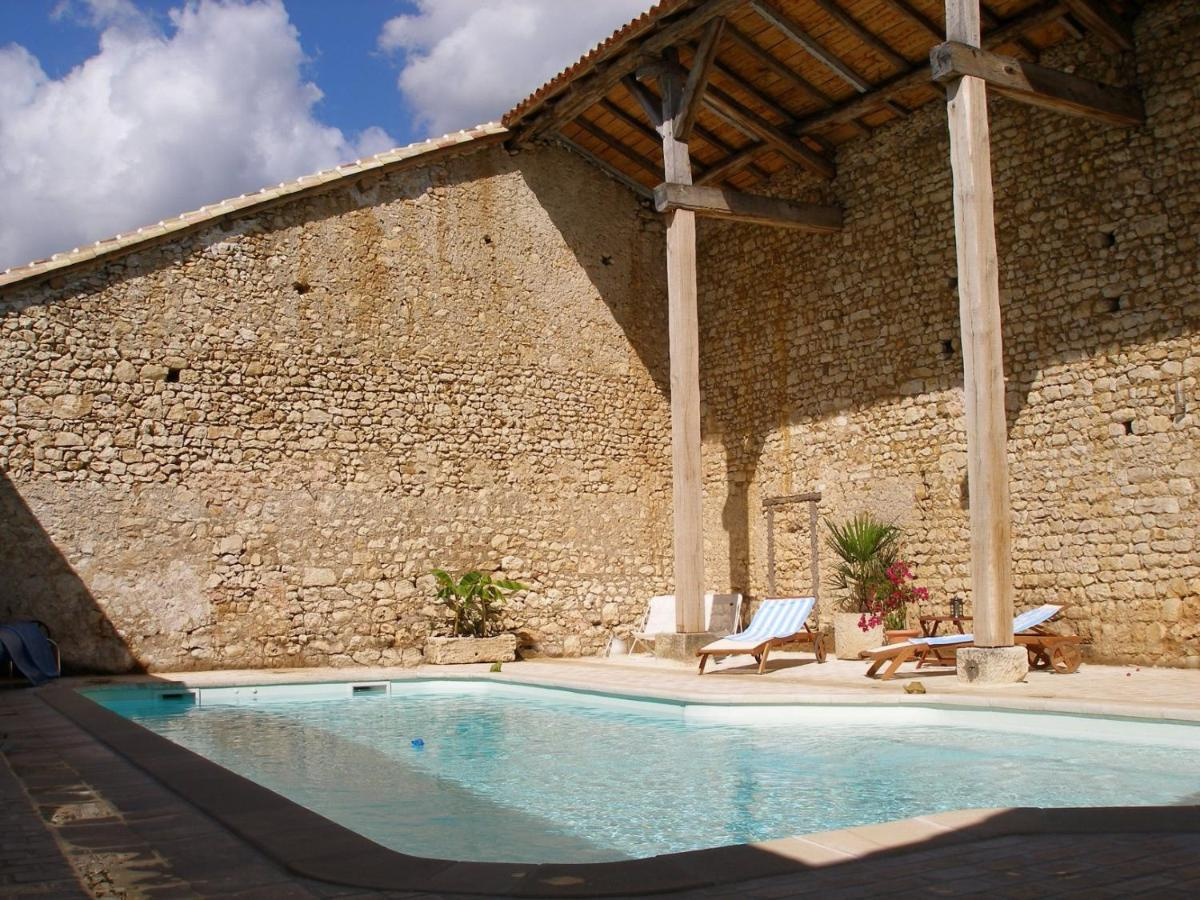 Bed And Breakfasts In Vilhonneur Poitou-charentes