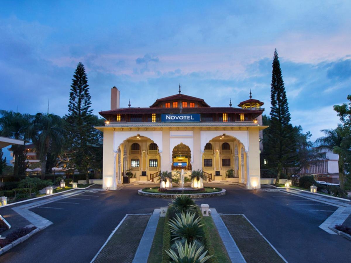 Hotel The Hills Bukittinggi Indonesien Bukittinggi Booking Com