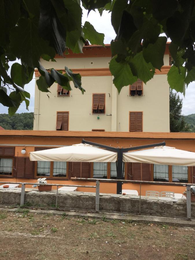 Hotels In Serrato Liguria
