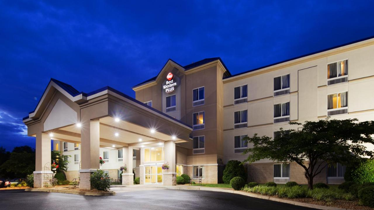 Hotels In Ladd Virginia