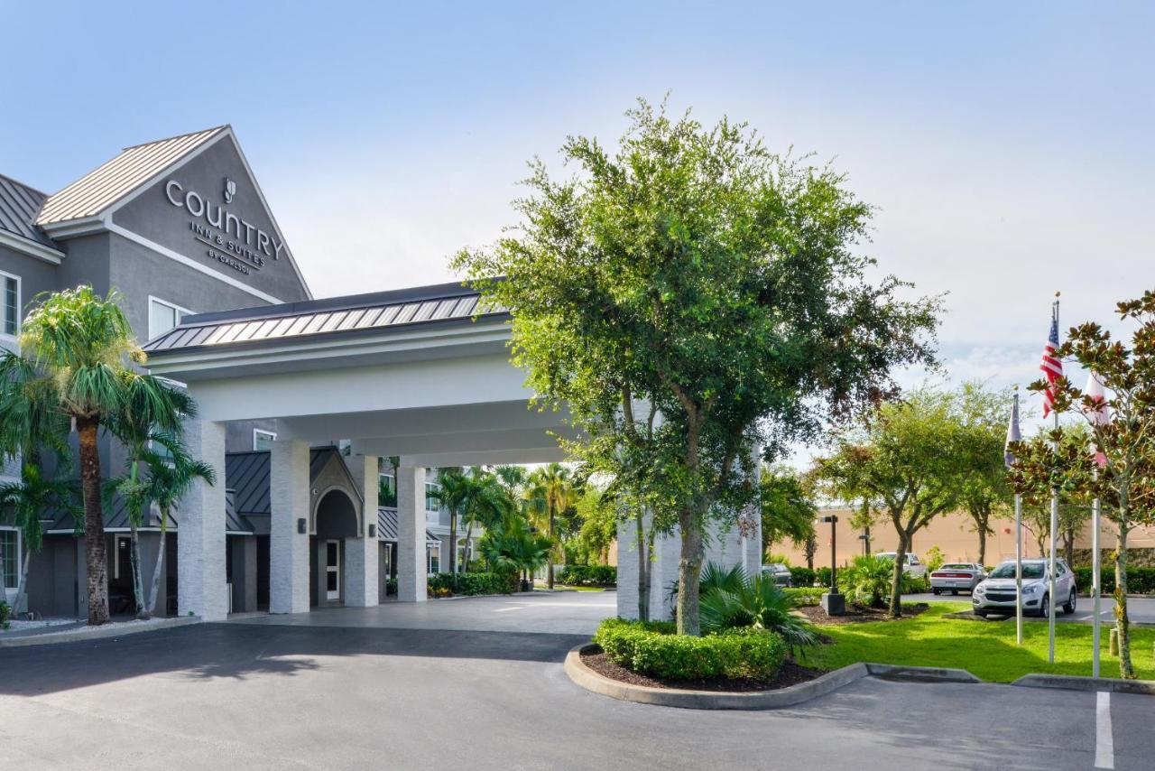 Country Inn & Suites Vero Beach, FL - Booking.com