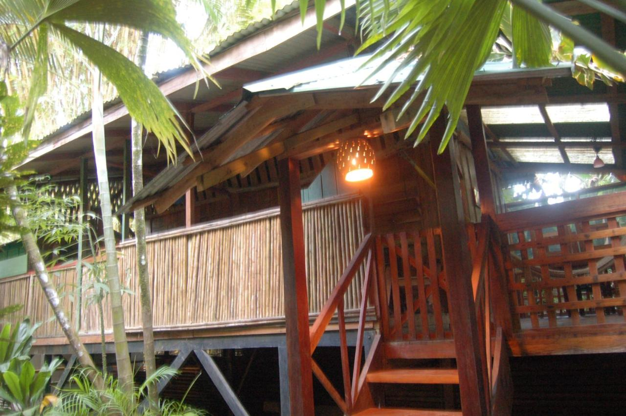 Hostels In Sibube Limon