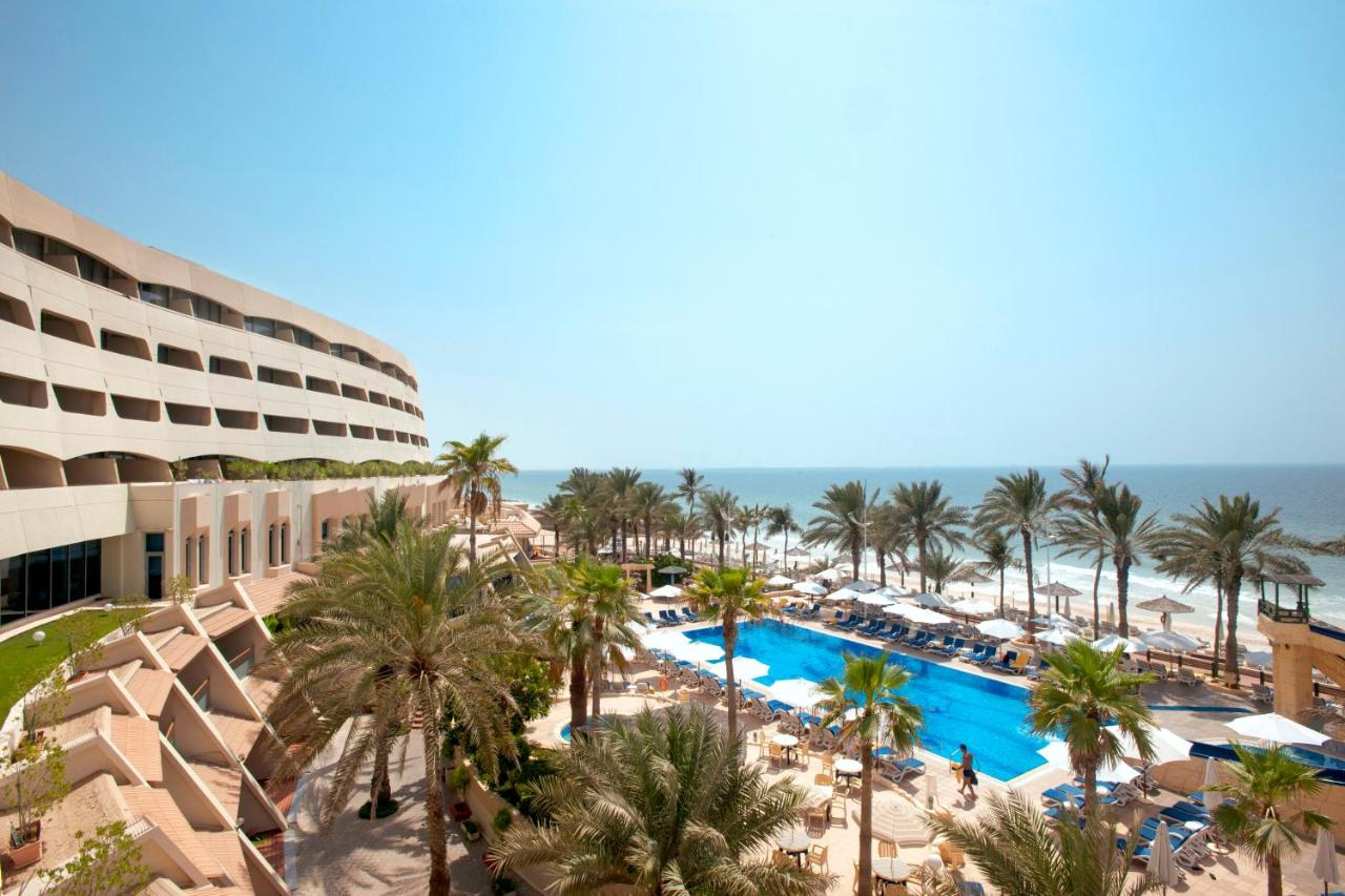 Hotel Occidental Sharjah Grand, UAE - Booking com