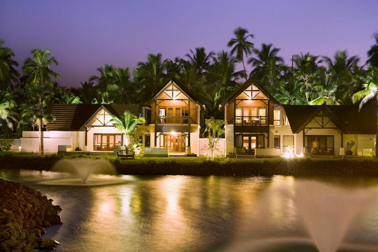Rooms with best views in Luxury Hotels in Kerala 4