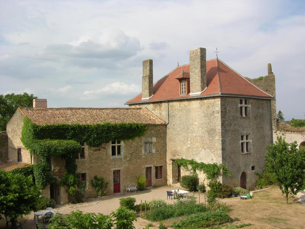 Bed And Breakfasts In Noizé Poitou-charentes