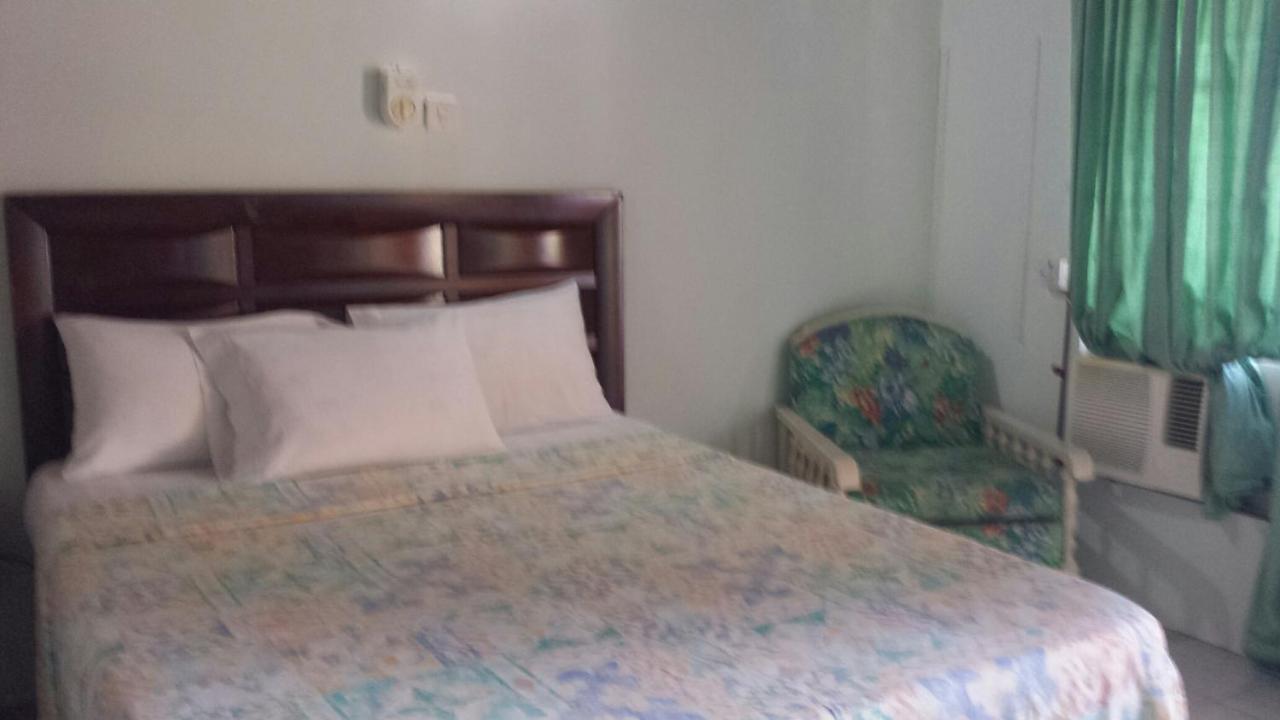 Guest Houses In Steer Town Saint Ann Parish