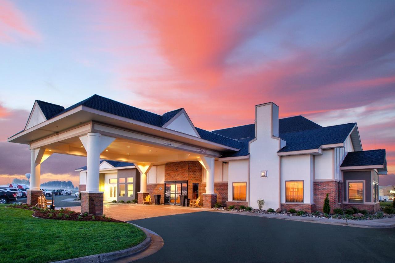 Hotels In Waters Michigan