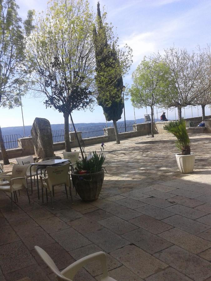 Hotels In Venta Del Charco Andalucía