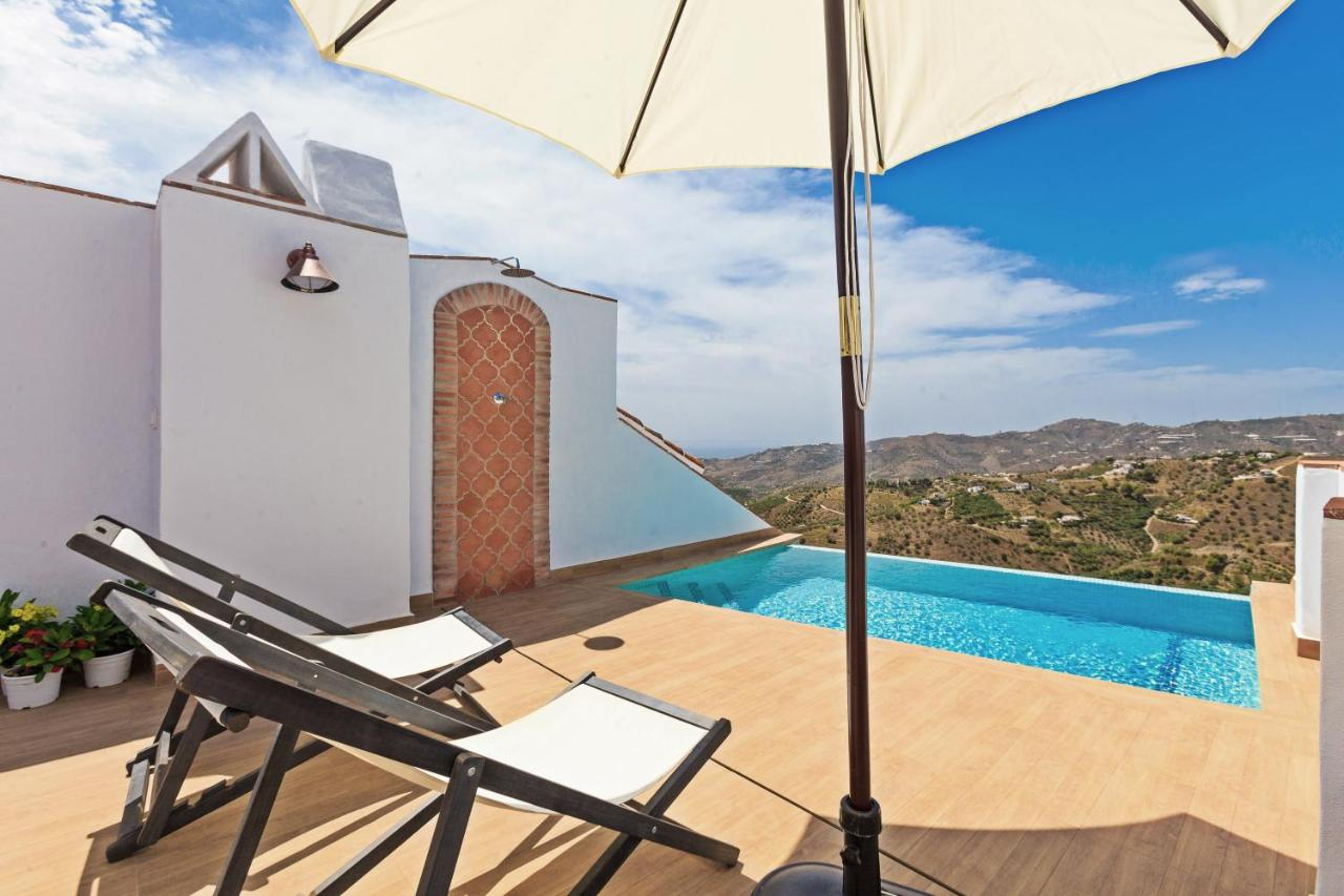 Bed And Breakfasts In Maro Andalucía