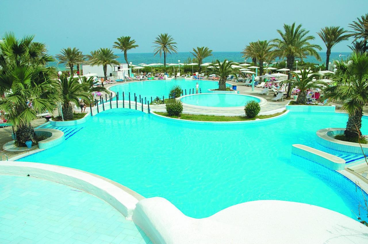 El Mouradi Skanes 4, Tunisia: reviews, room description, entertainment, service, beach 55
