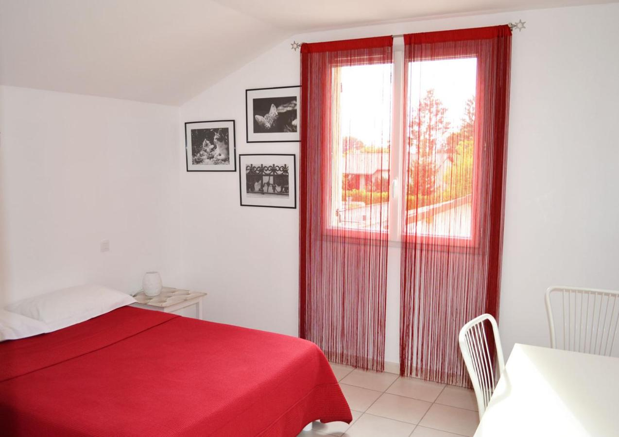 Guest Houses In Pusignan Rhône-alps