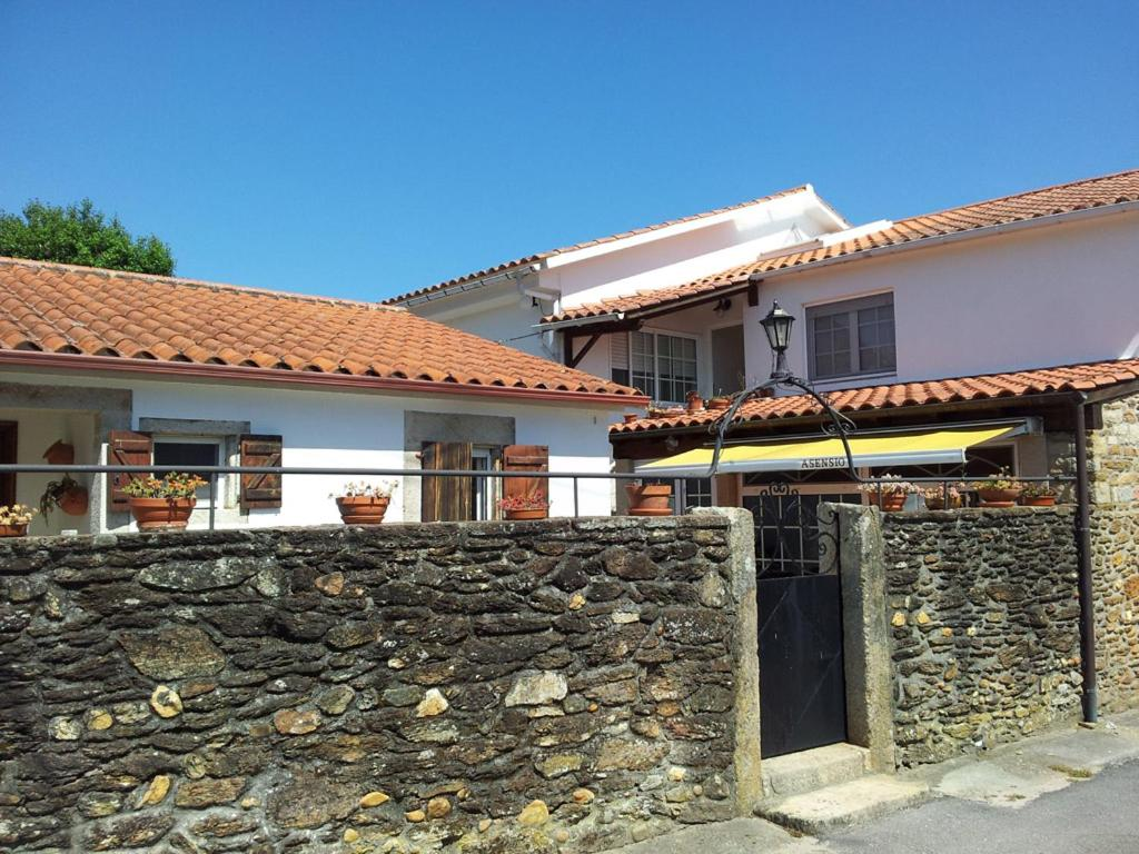 Guest Houses In Tui Galicia