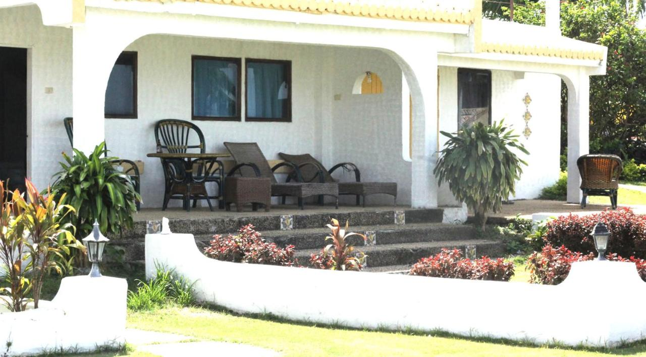 Adelaida Pensionne Hotel Casa Del Mar Beach Resort San Remigio Philippines Bookingcom
