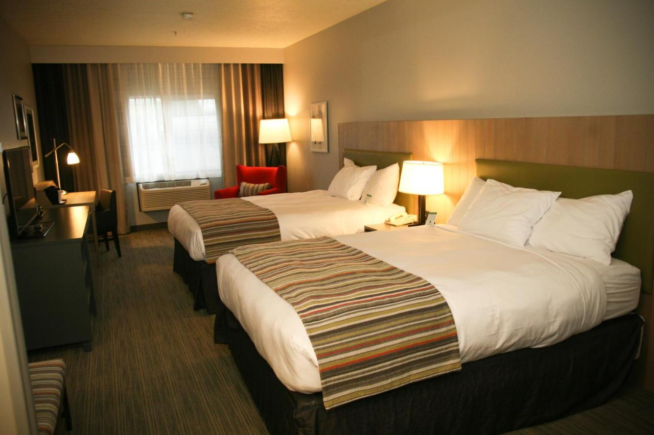 Hotels In Powell Butte Oregon