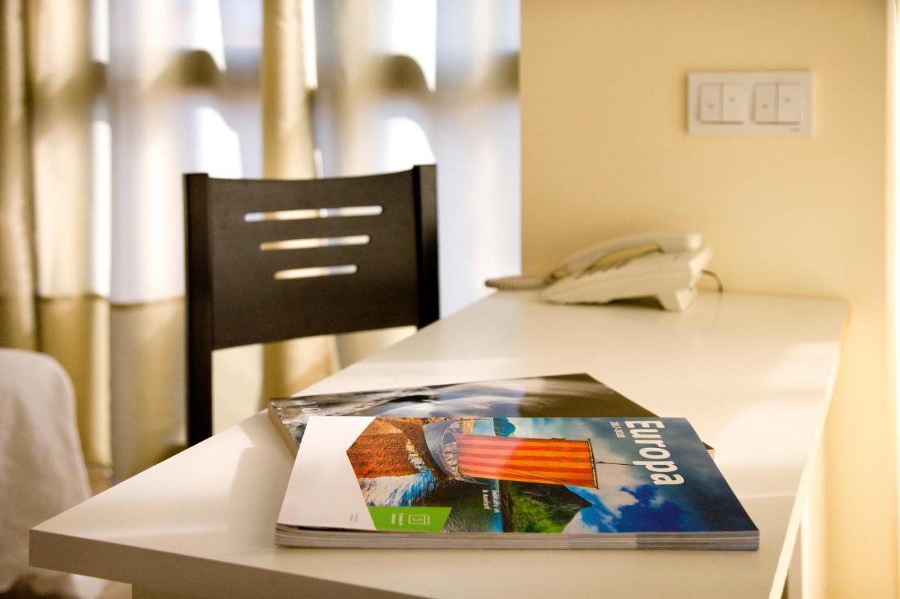 Hotels In Val De San Lorenzo Castile And Leon