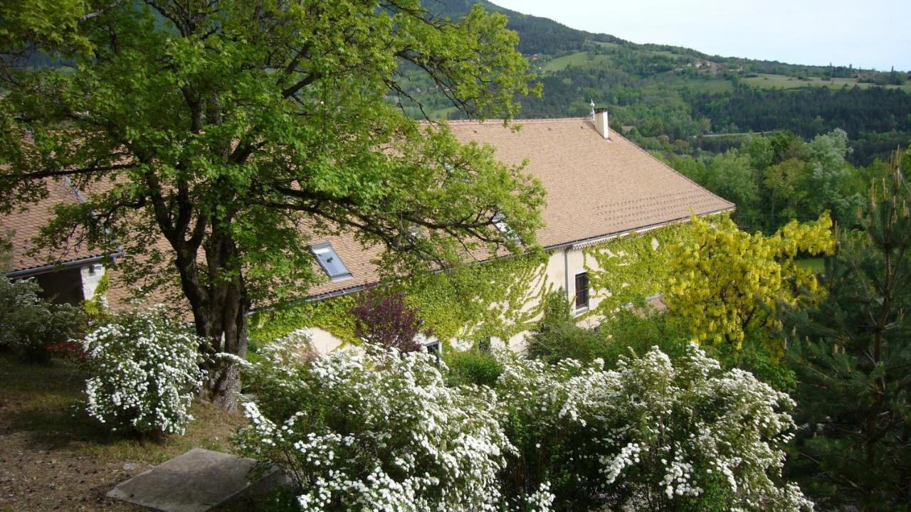 Guest Houses In Oris-en-rattier Rhône-alps