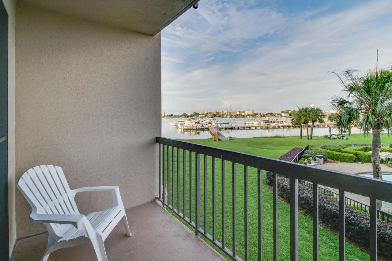 Vacation Home Pirates Bay A-208, Fort Walton Beach, FL - Booking.com