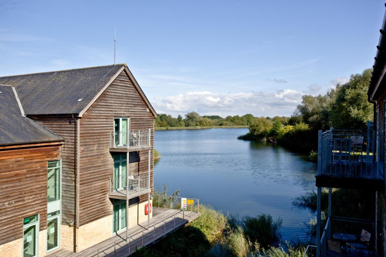 De Vere Cotswold Water Park Apartments, Cirencester – Updated 2018 ...
