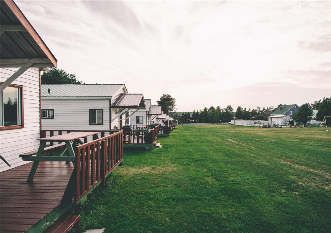 Hotels In Tracadie Prince Edward Island