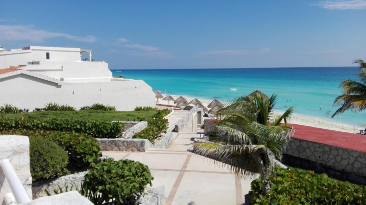 Adhara Hacienda Cancun Hotel Super Cheap Hotel Zone Cancun Cancaon Mexico Bookingcom