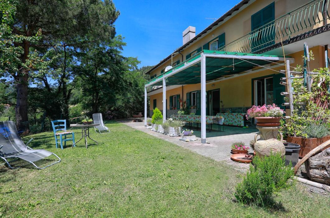 Guest Houses In Pian Bottello Liguria