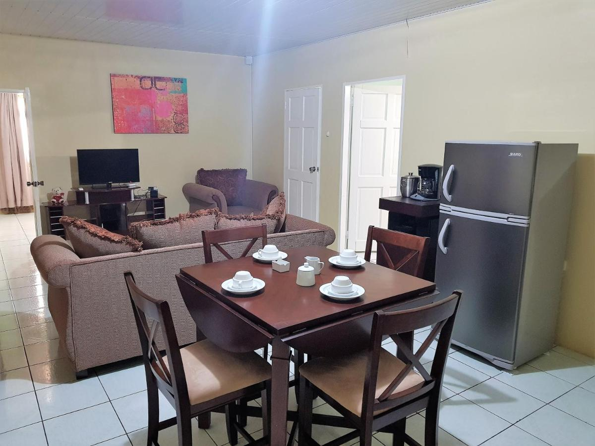 Guest Houses In Dinsley Trinidad