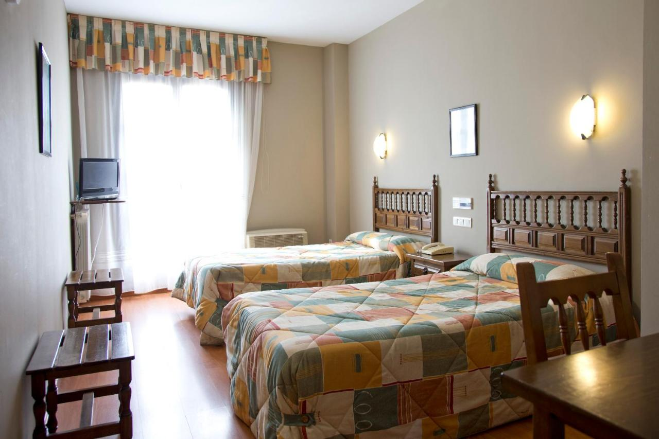Hotels In Monfarracinos Castile And Leon