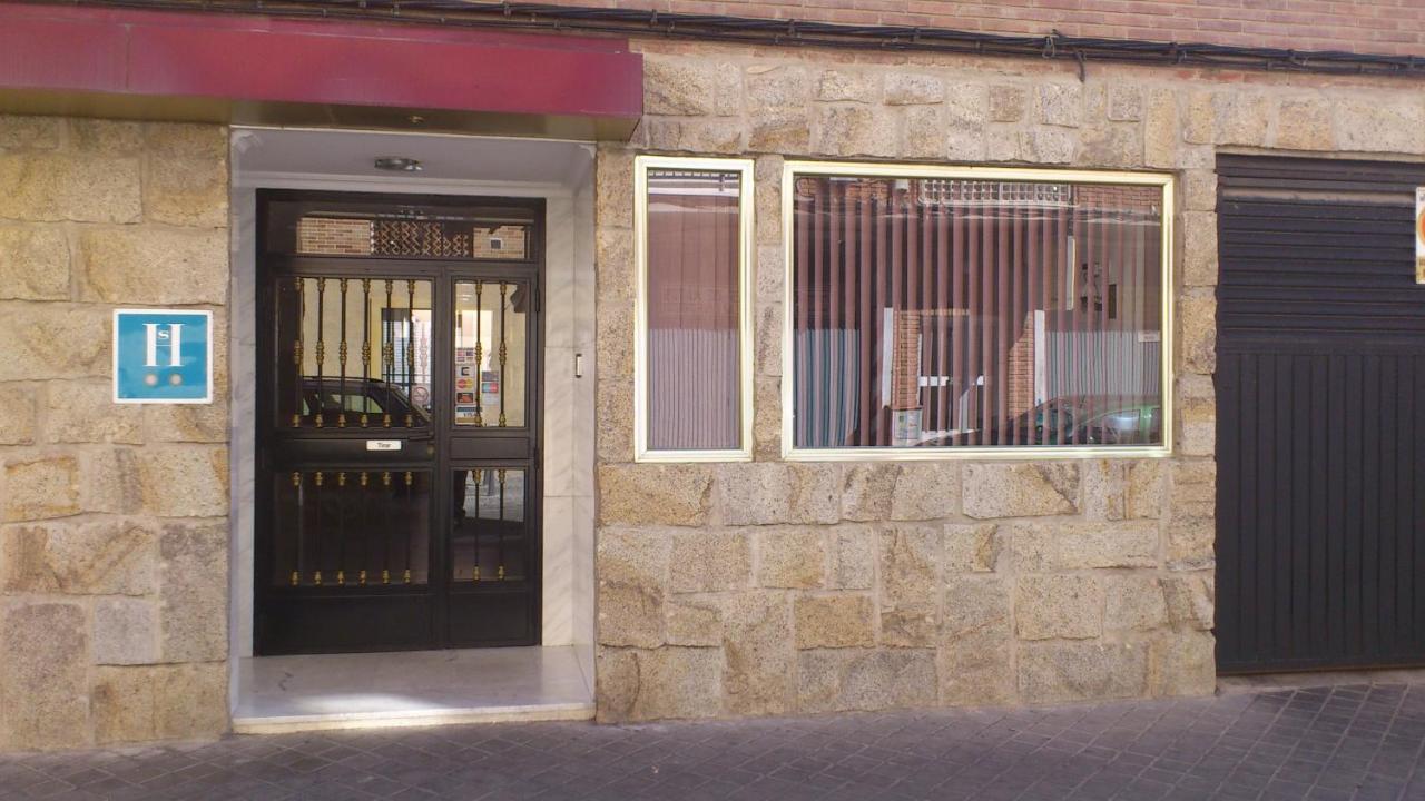 Pension Hostal Juanito (Spanje Móstoles) - Booking.com