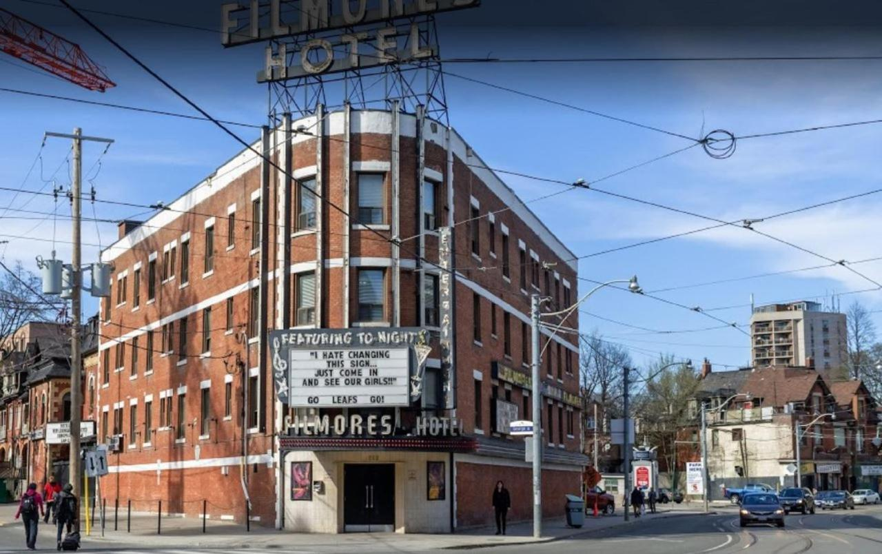 Filmores Hotel, Toronto, Canada - Booking.com