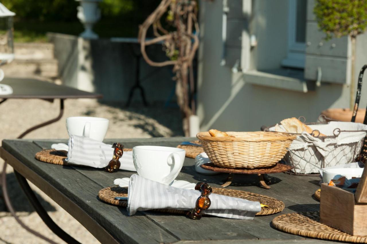 Charming Guesthouse La Ruette Aux Loups, Collonges Au Mont D'Or, France   Booking.com
