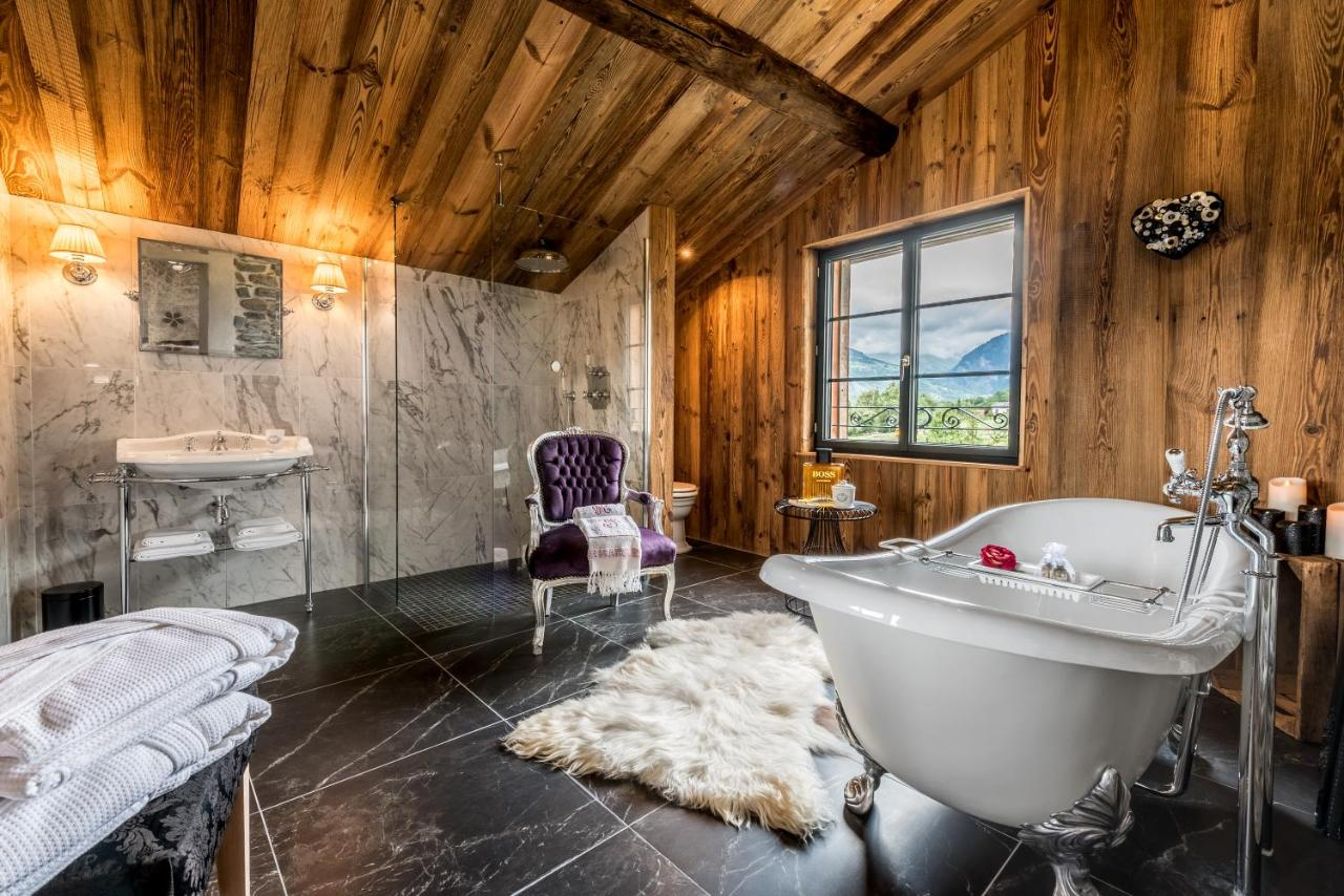 Guest Houses In Peisey-nancroix Rhône-alps