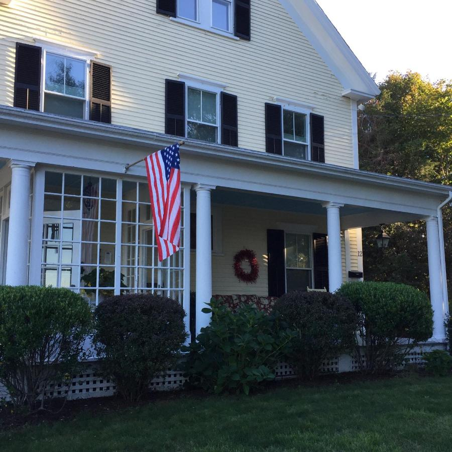 Bed And Breakfasts In Cedar Bushes Massachusetts