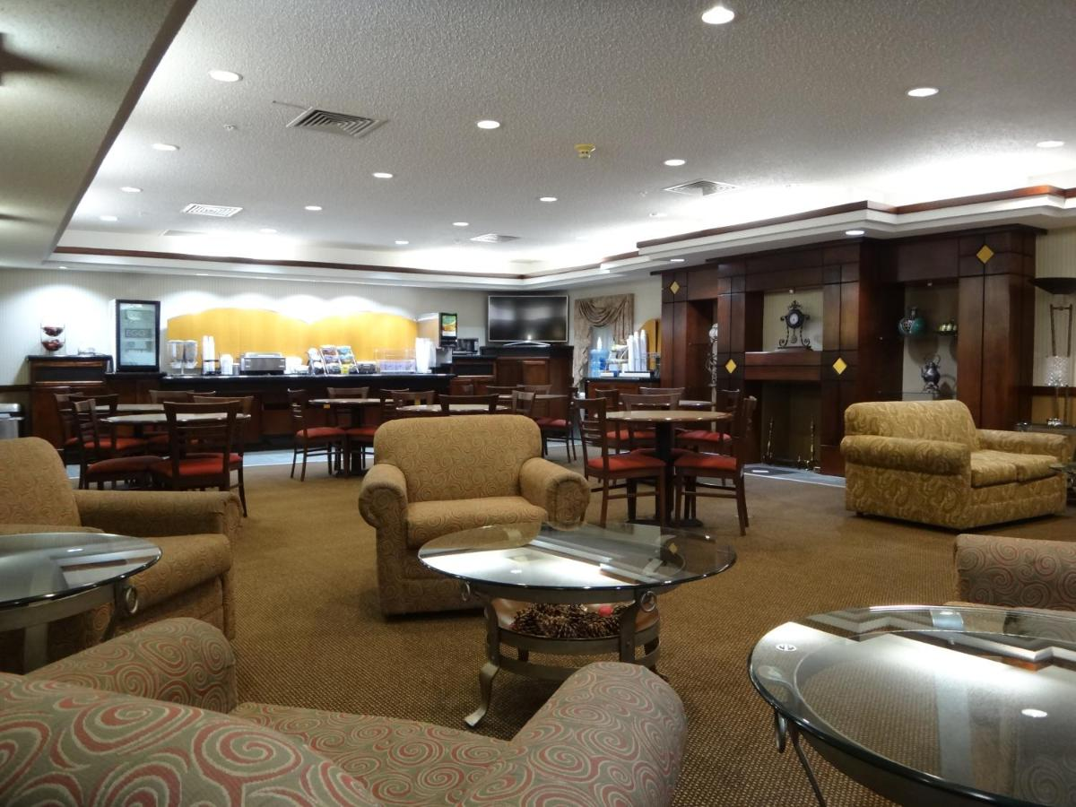 Hotel Stay Suites of America - Dodge City, KS - Booking.com