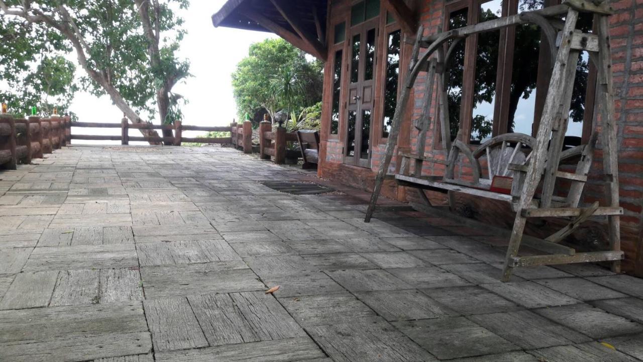 Resorts In Trang Trang Province