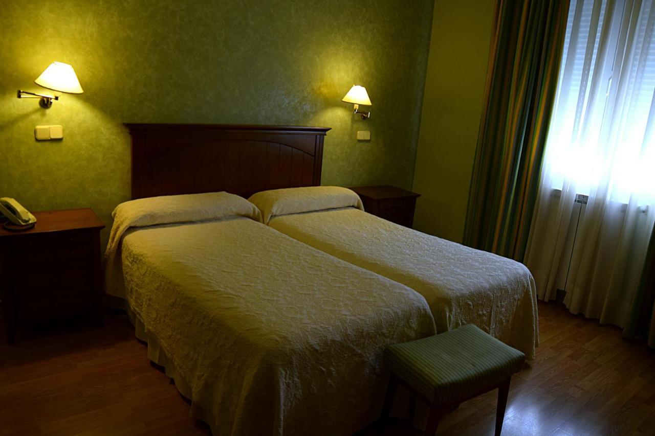 Hotels In Villaconejos Community Of Madrid