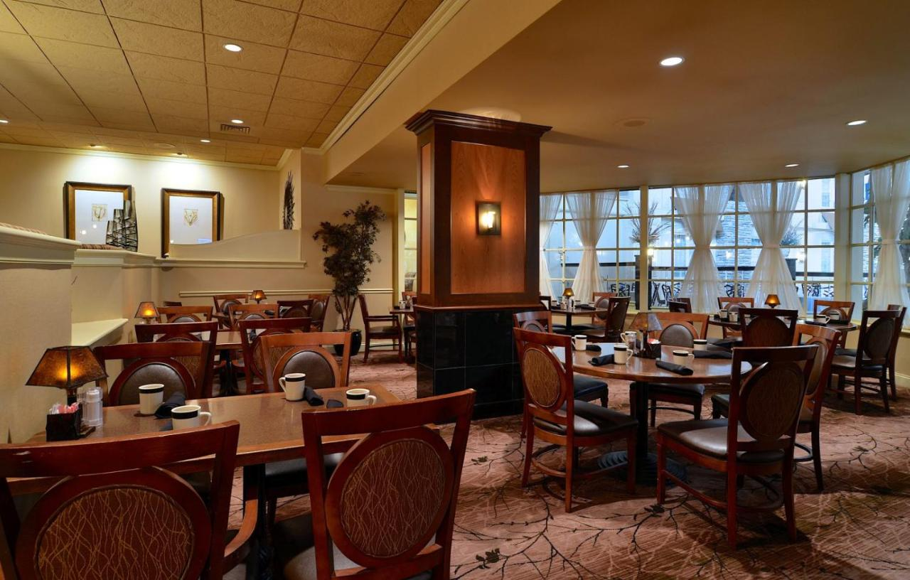 Eden Resort and Suites, Lancaster, PA - Booking.com
