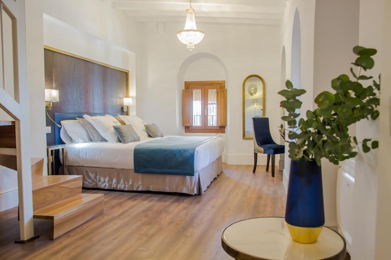 Halo Boutique Hotel (Spanien Sevilla) - Booking.com