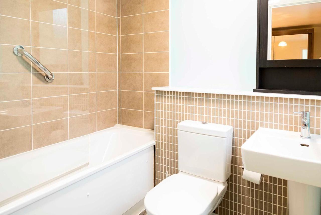 Stewarton apartments brown street stewarton updated 2018 prices dailygadgetfo Images