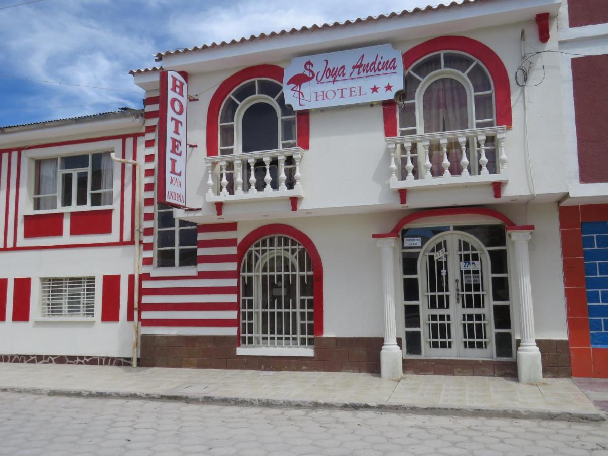 Hotels In Uyuni