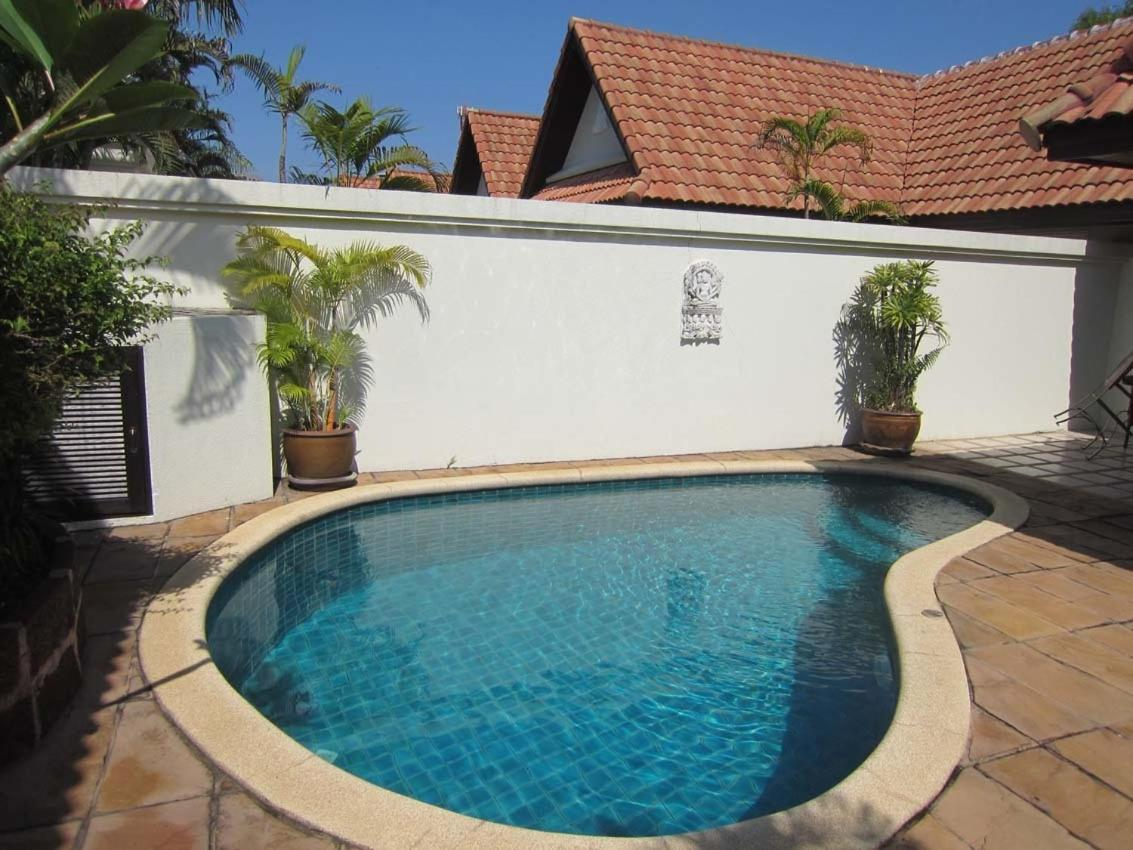 View Talay Villas, Jomtien Beach, Thailand - Booking.com