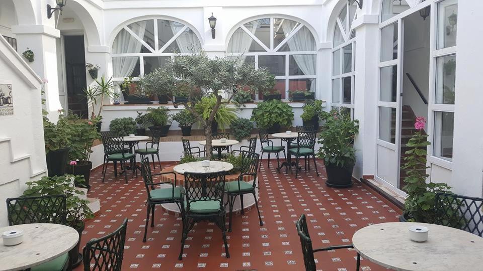 Hotels In El Guijo Andalucía