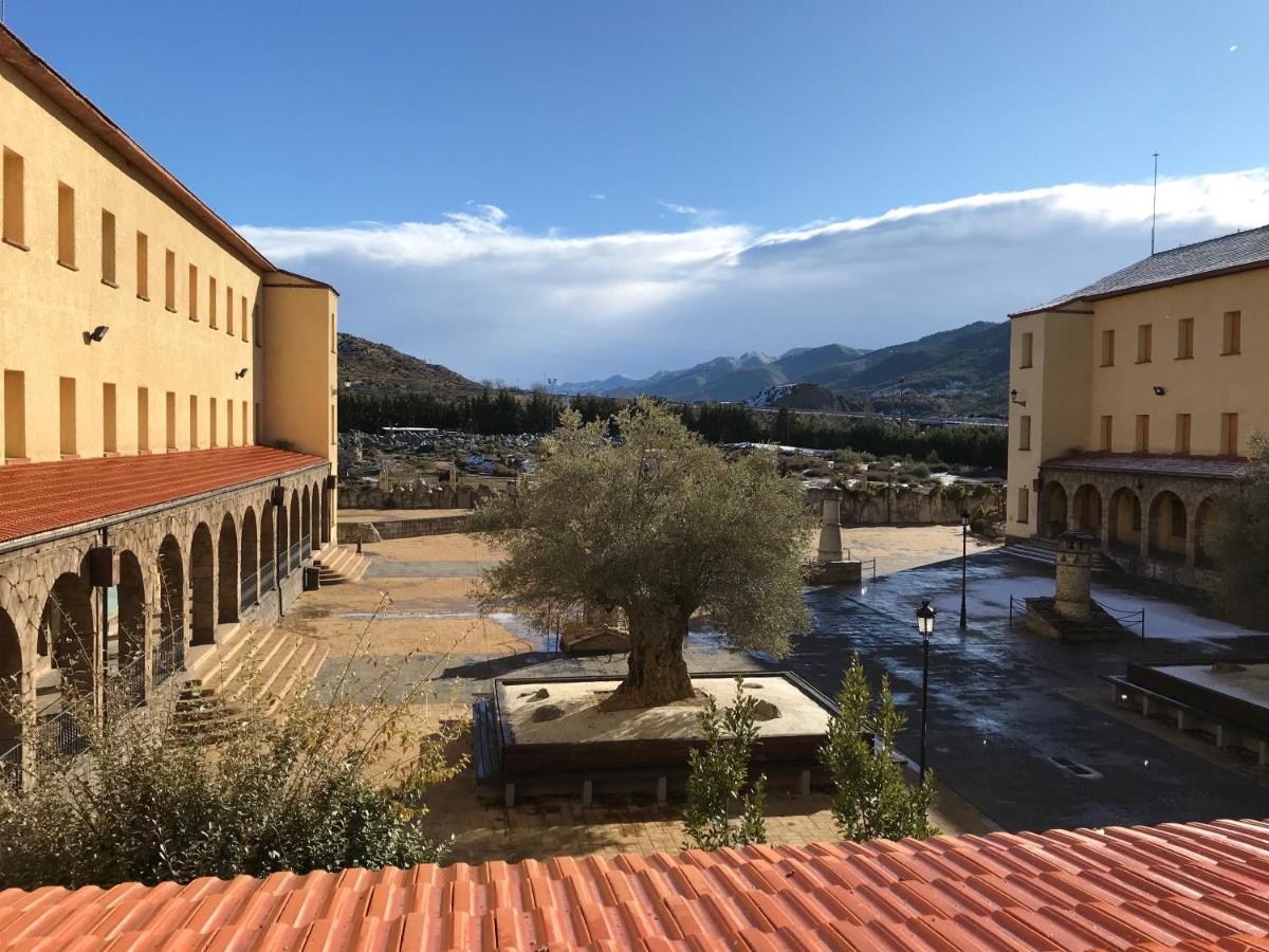 Hostels In Oliván Aragon