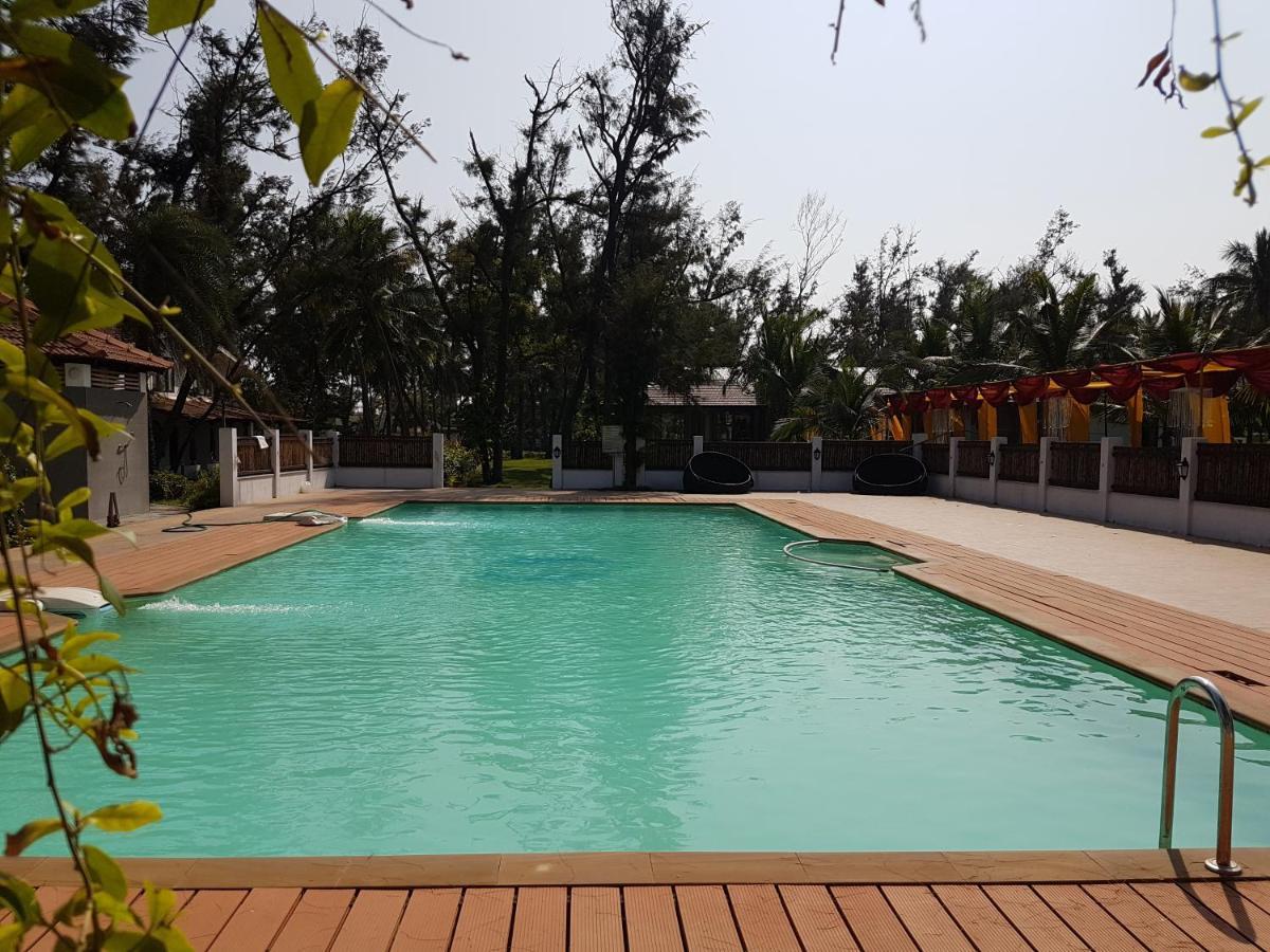 Vgp Golden Beach Resorts Chennai India Booking