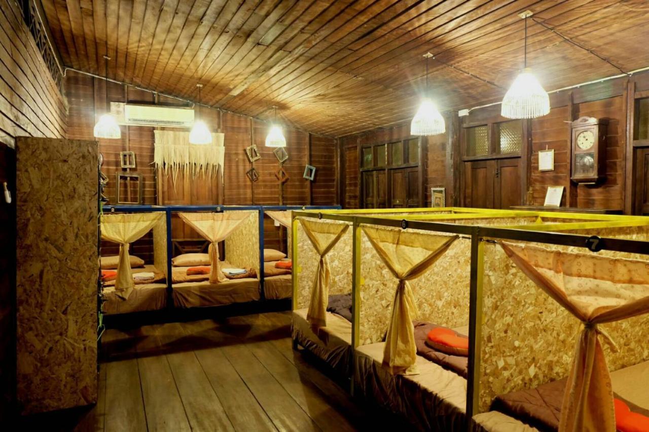 Hostels In Ban Samnak Takhro Kanchanaburi Province